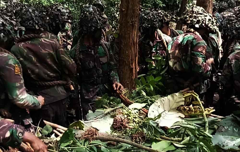 Siswa taruna Marinir saat menjalani pendidikan komando di Banyuwangi