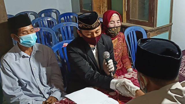 Perjalanan Cinta Duda Muda Dan Janda 76 Tahun Yang Resmi Menikah