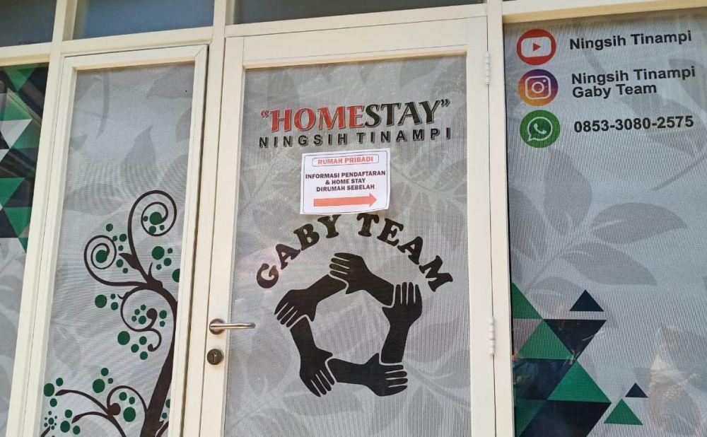 Lokasi terapi Ningsih Tinampi juga tersedia penginapan